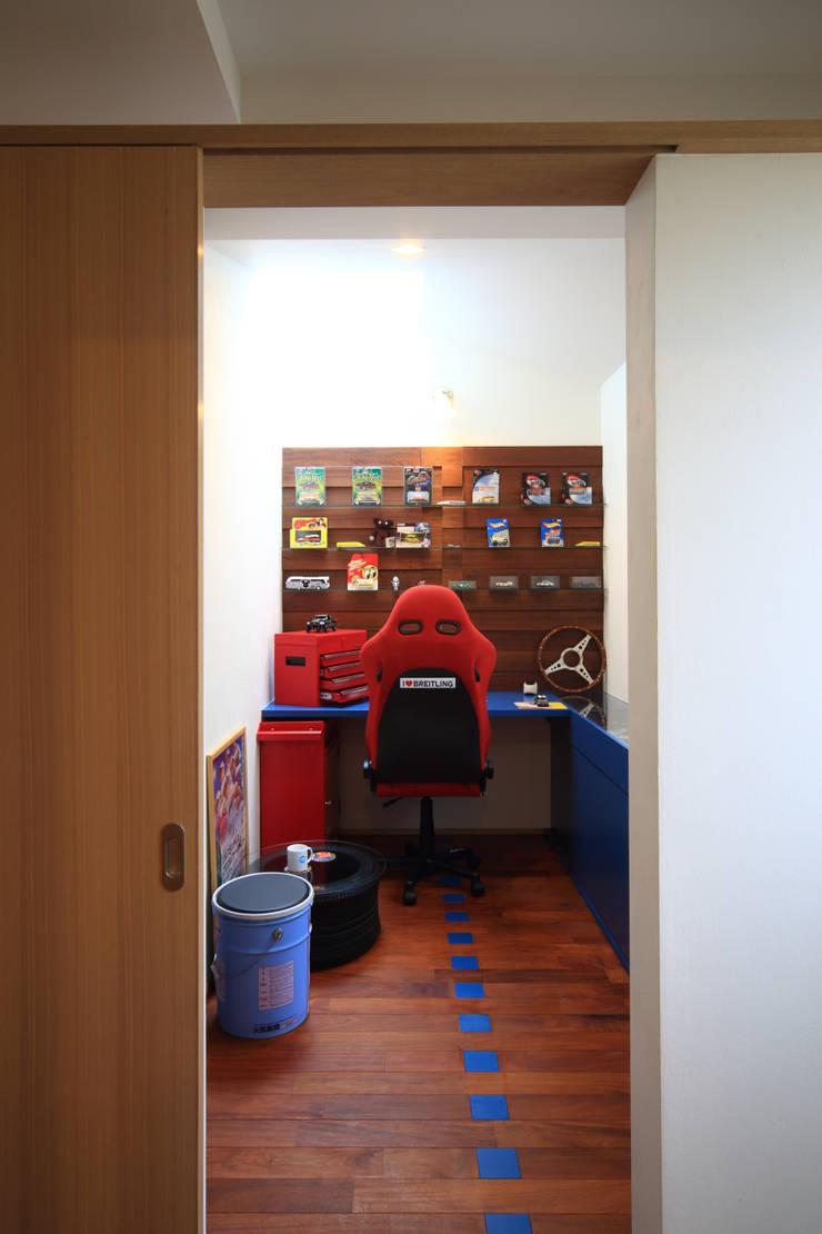 書斎 オリジナルデザインの 書斎 の MA設計室 オリジナル