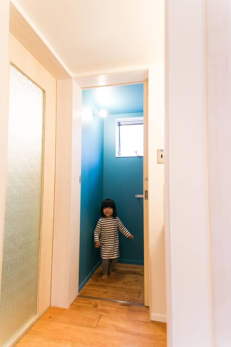 Ot-House: ADS一級建築士事務所が手掛けた浴室です。