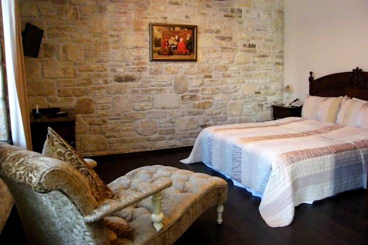 Griffon Boutique Hotel – Otel Oda No:10: kolonyal tarz tarz Yatak Odası