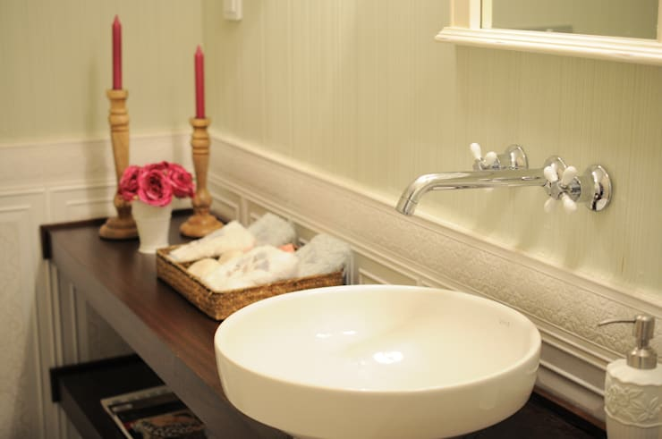 Sena Hayfavi – WC: klasik tarz tarz Banyo