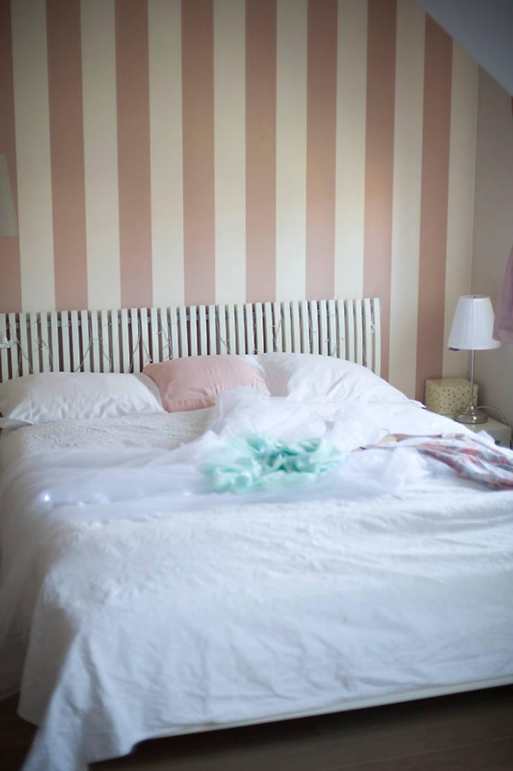 Pokój Basi – romantyczne pastele.: styl , w kategorii Pokój dziecięcy zaprojektowany przez Miśkiewicz Design For Kids