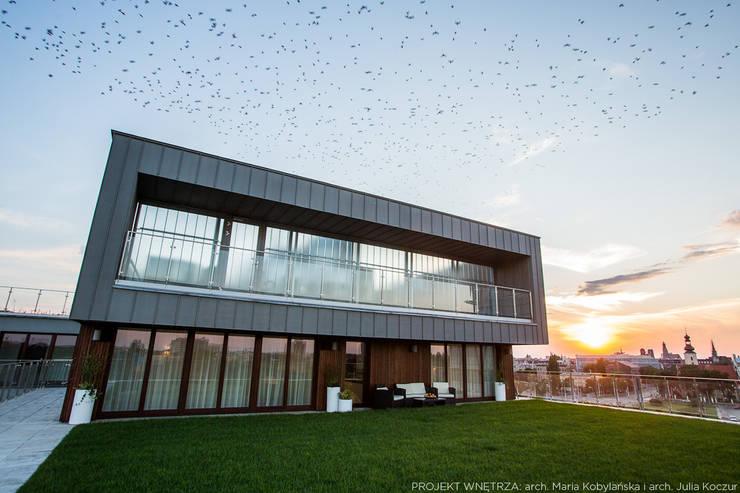 Realizacja: styl , w kategorii Domy zaprojektowany przez LEMUR Architekci