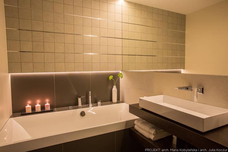 Realizacja: styl , w kategorii Łazienka zaprojektowany przez LEMUR Architekci