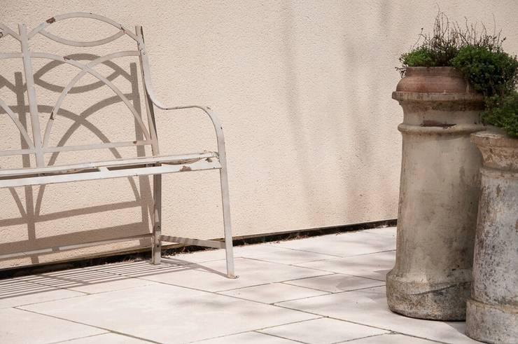 Vườn theo Floors of Stone Ltd, Mộc mạc