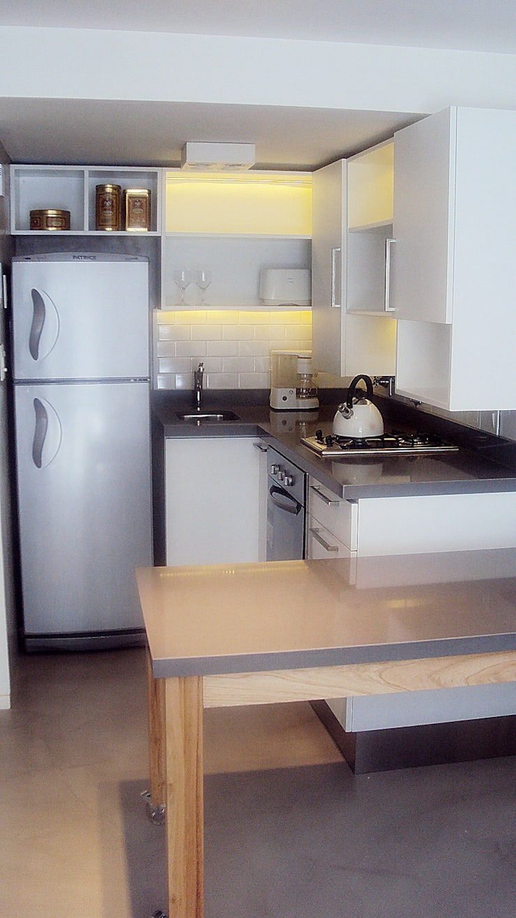 Dúplex en Recoleta: Cocinas de estilo moderno por GUTMAN+LEHRER ARQUITECTAS