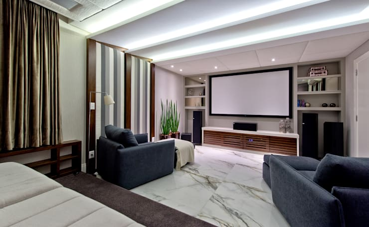 غرفة الميديا تنفيذ Espaço do Traço arquitetura