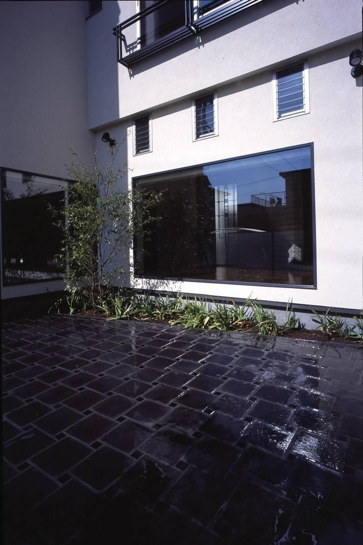 中庭: MA設計室が手掛けた庭です。