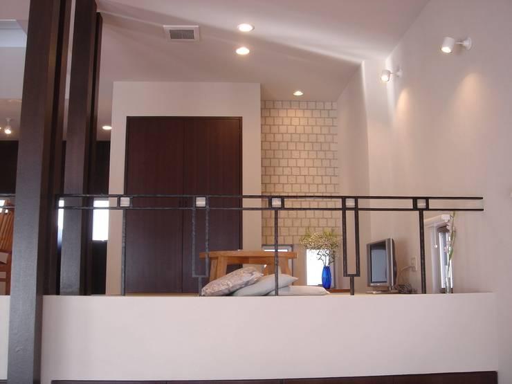 リビング~畳コーナー: MA設計室が手掛けたリビングです。
