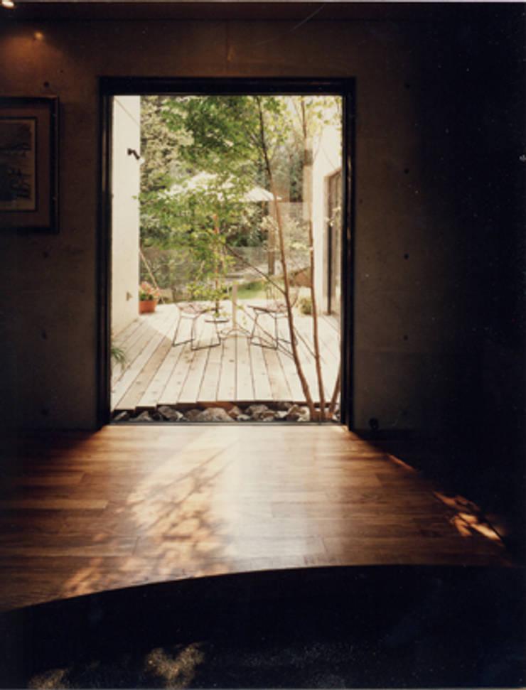 玄関ホール: MA設計室が手掛けた家です。,