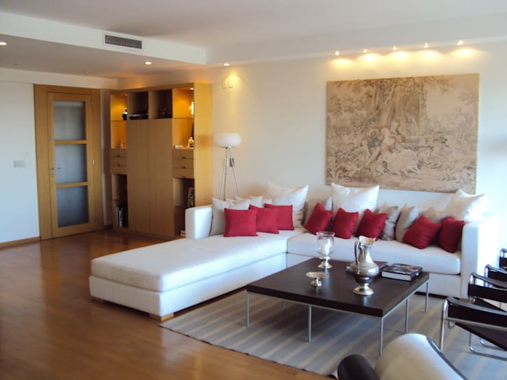 Salas / recibidores de estilo  por GUTMAN+LEHRER ARQUITECTAS