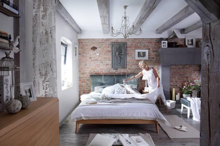 Łóżko dębowe Dream Luxury: styl , w kategorii Sypialnia zaprojektowany przez Swarzędz Home