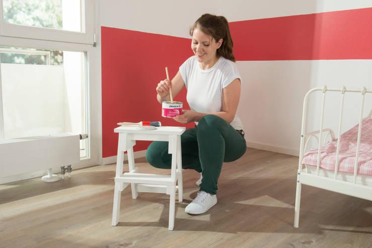 Aqua Wandtafelfarbe aufrühren:  Kinderzimmer von Jansen