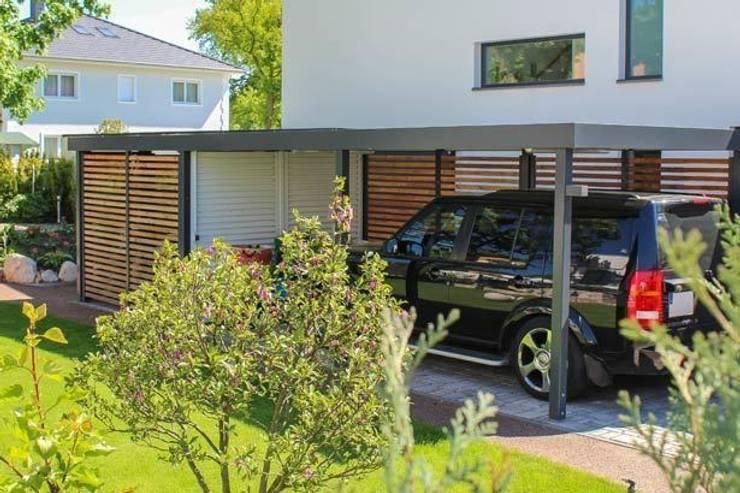 Projekty,  Garaż zaprojektowane przez ESB-Fertiggaragen und Carports
