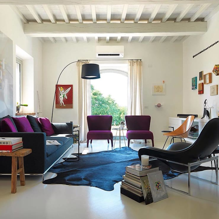 ห้องนั่งเล่น by CASABELLA