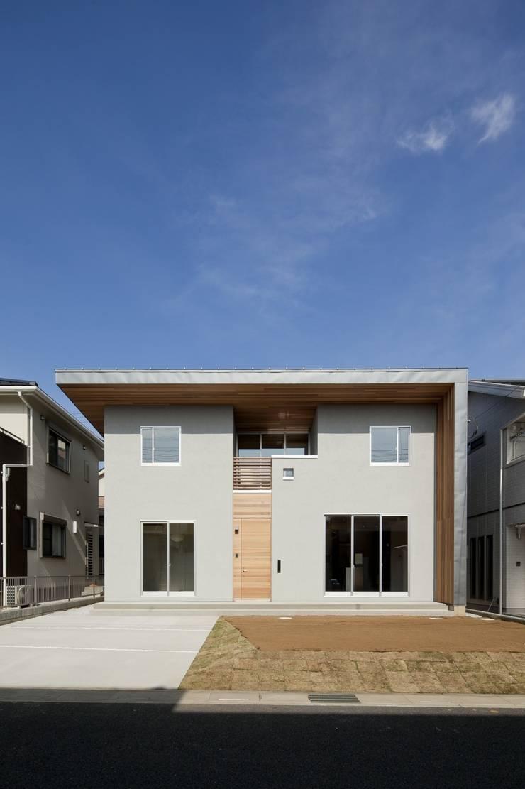 東松山の家: 株式会社FAR EAST [ファーイースト]が手掛けた家です。,モダン