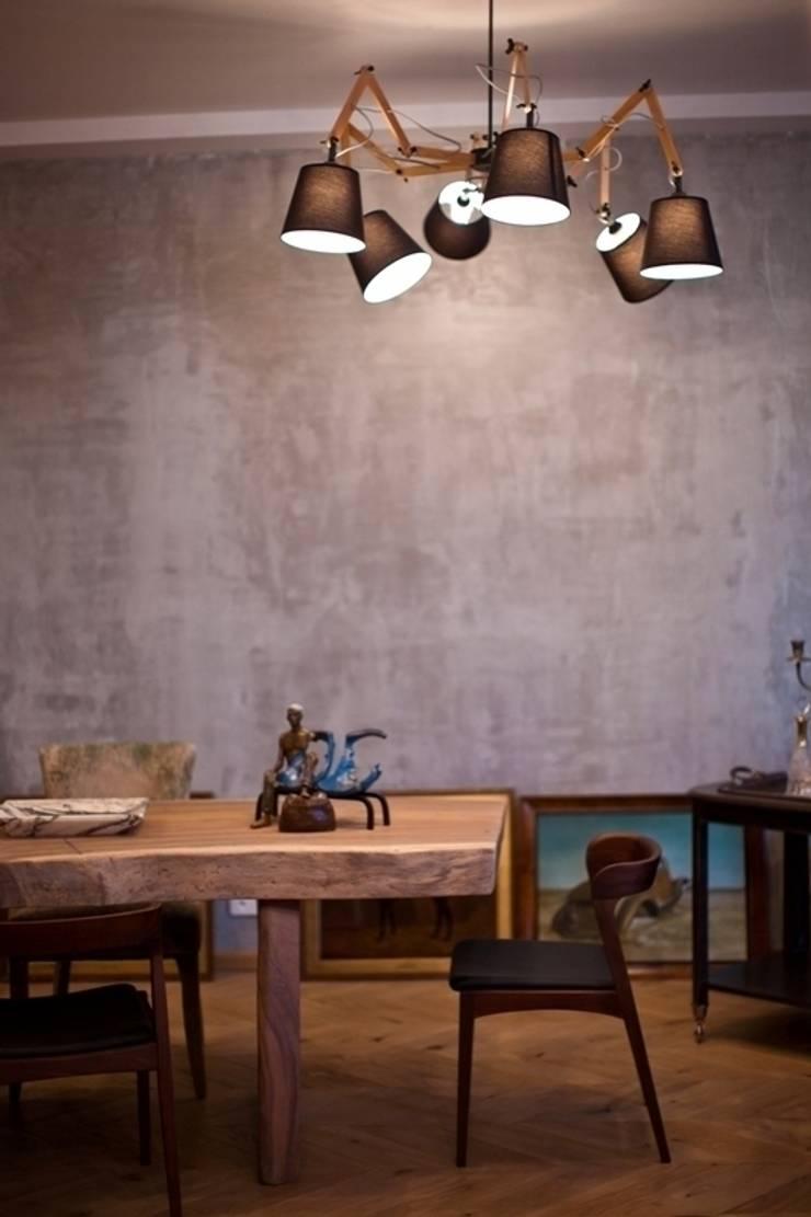 Частная квартира на Цветном Бульваре, г. Москва: Столовые комнаты в . Автор – Дизайн-студия интерьера 'ART-B.O.s'