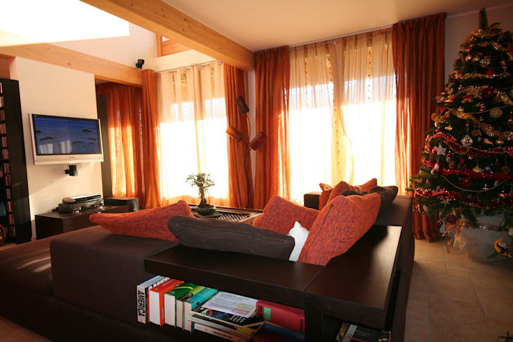 Living room by Eddy Cretaz Architetttura