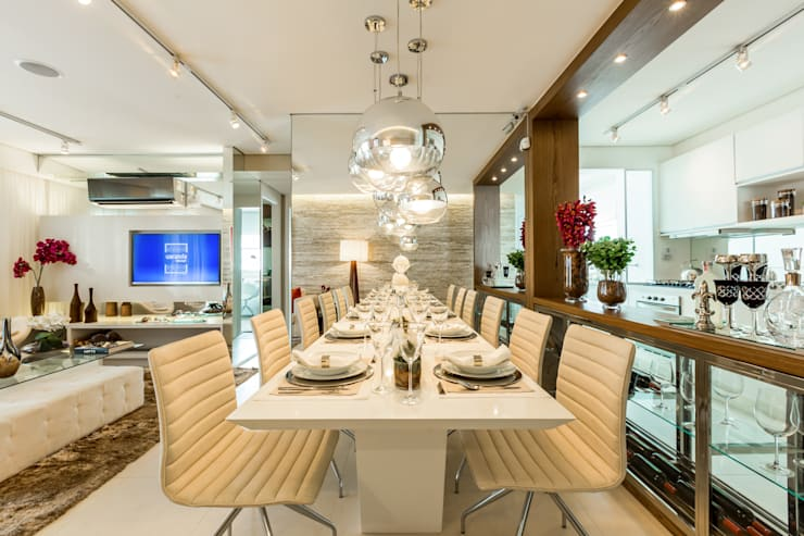 Столовые комнаты в . Автор – Chris Silveira & Arquitetos Associados