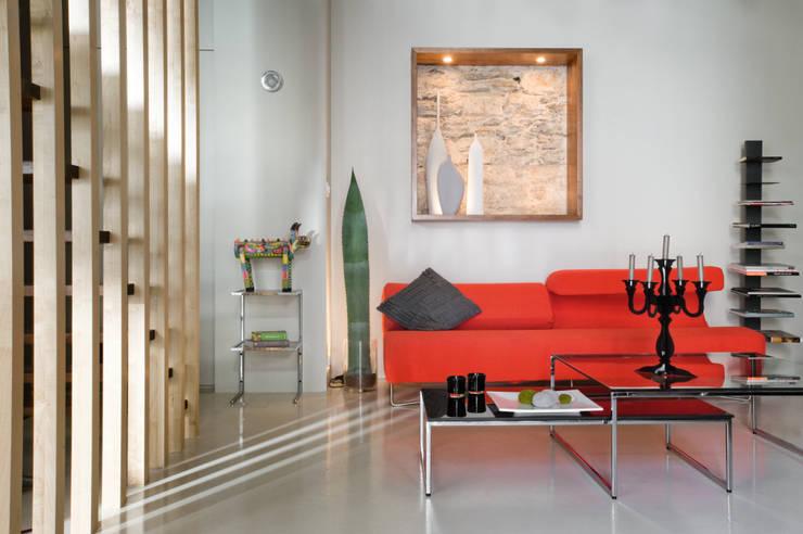 Loft Talensac: Salon de style  par Les Colorantes