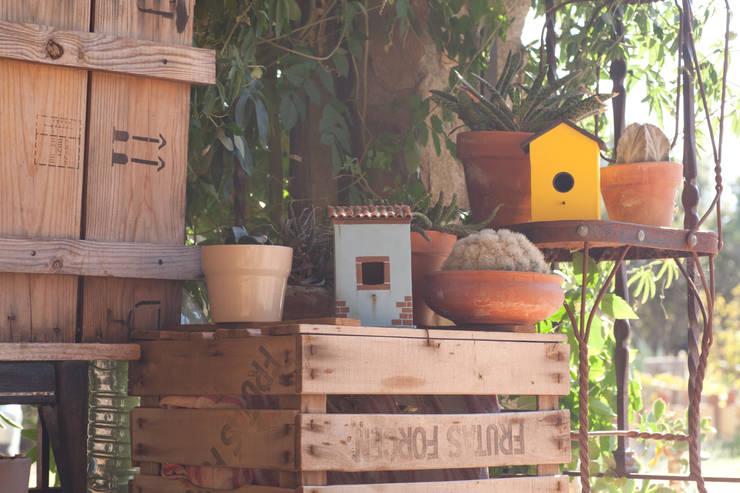 Casas nido #ruralchic: Balcones y terrazas de estilo  de 400sillas