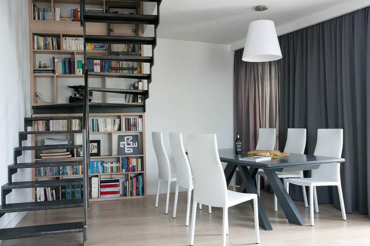 Mieszkanie na Gocławiu: styl , w kategorii Jadalnia zaprojektowany przez Jacek Tryc-wnętrza