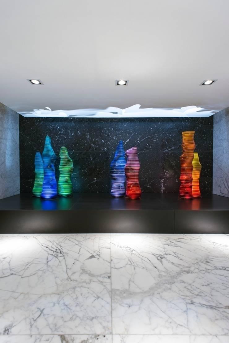 SKYLINE: Edificios de Oficinas de estilo  por Studio Orfeo Quagliata