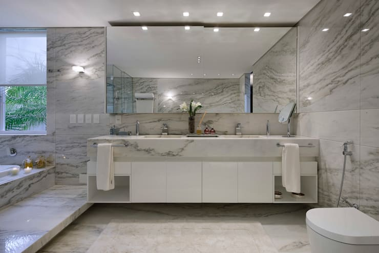 Residência CN: Banheiros  por Gláucia Britto