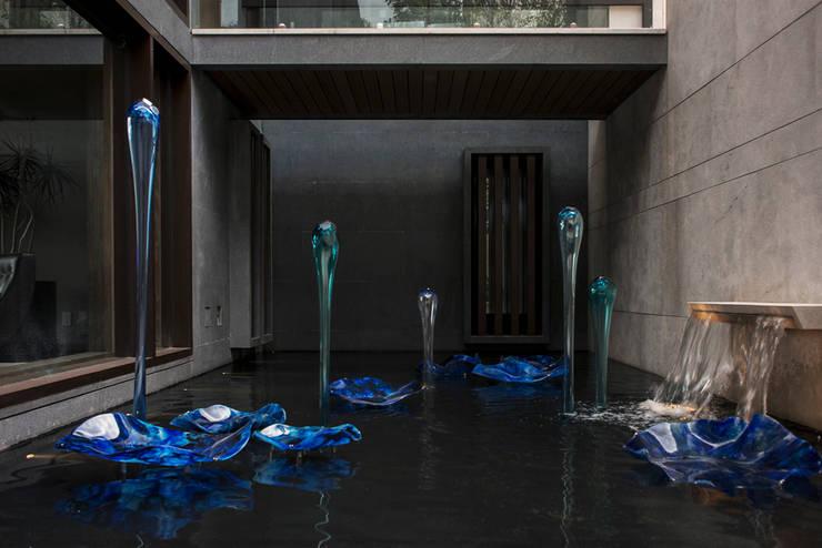 Residencia CD de México 02: Casas de estilo  por Studio Orfeo Quagliata