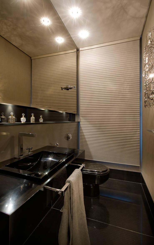 Residência AG Banheiros modernos por Gláucia Britto Moderno
