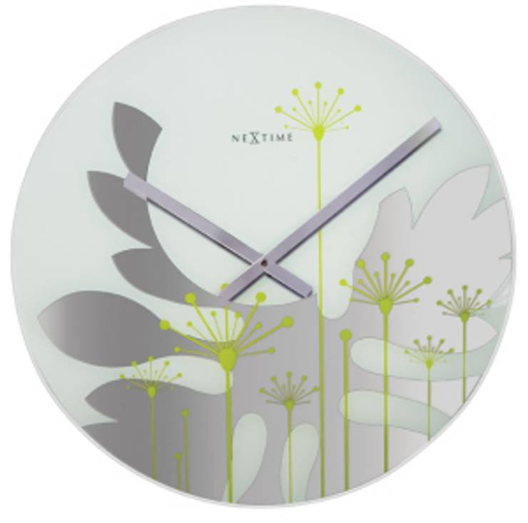 Настенные часы GRASS: Гостиная в . Автор – ИноВид