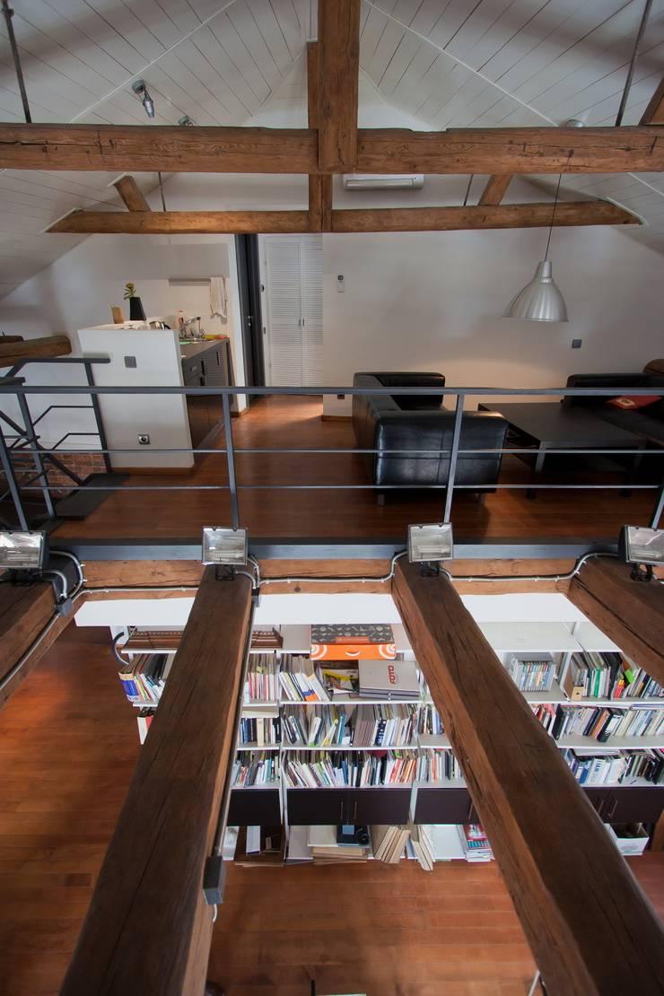 Офис архитектурное бюро Lofting: Офисы и магазины в . Автор – LOFTING,