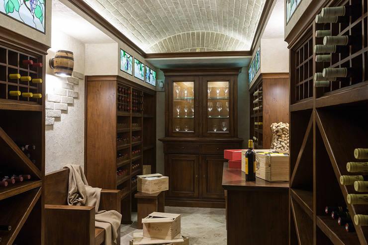 Винотека: Винные погребы в . Автор – Интерьеры от Марии Абрамовой