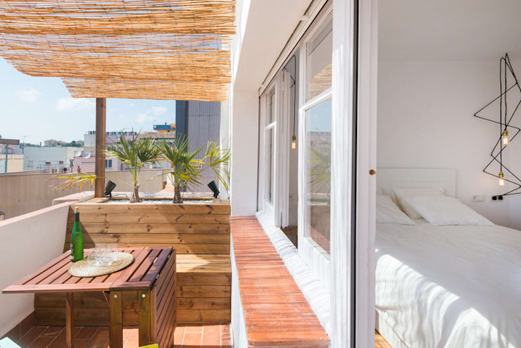 Terrazas de estilo  por LF24 Arquitectura Interiorismo
