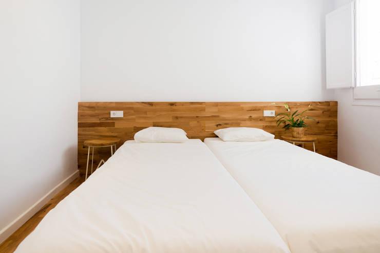 habitacion 2: Dormitorios de estilo  de LF24 Arquitectura Interiorismo