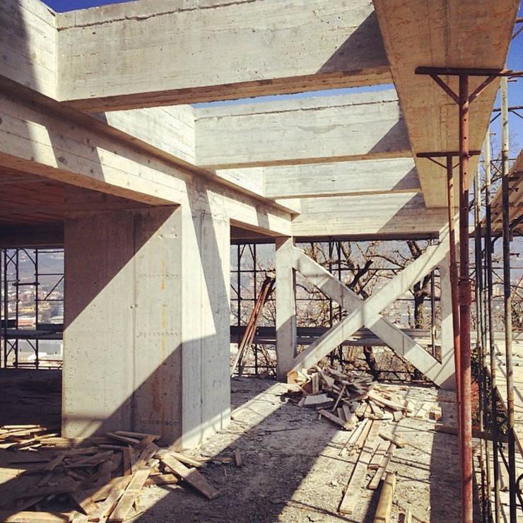 PRIVATE HOME IN PERUGIA - 2012|+312.50: Case in stile in stile Moderno di Cacciamani Diego Architetto