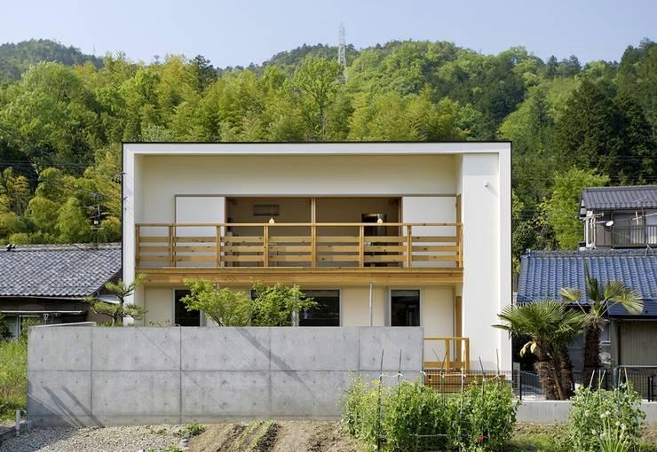 岩崎の家: 祐成大秀建築設計事務所が手掛けた家です。