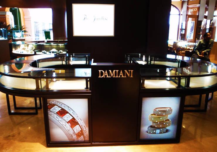 Damiani // Barbados: Espacios comerciales de estilo  por TocoMadera