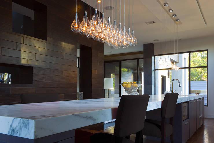 Cocina de estilo  por GEO Iluminación Aplicada