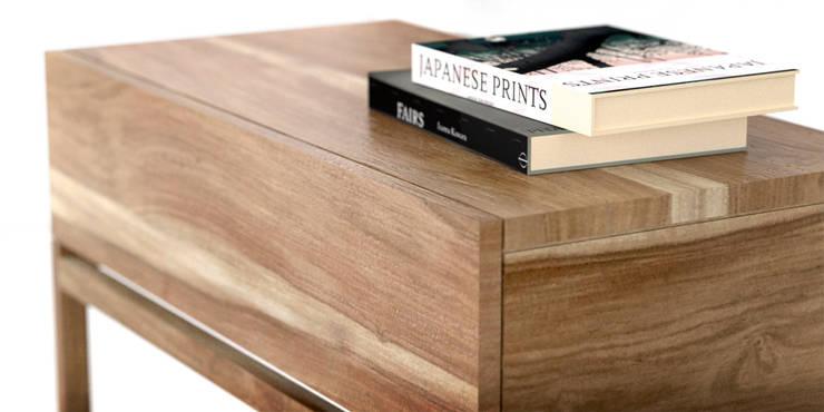 Mesas de luz: Dormitorios de estilo moderno por Forma muebles