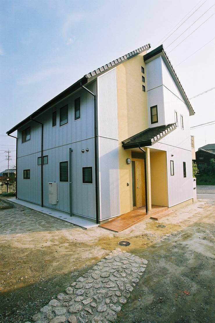 外観 モダンな 家 の 小栗建築設計室 モダン