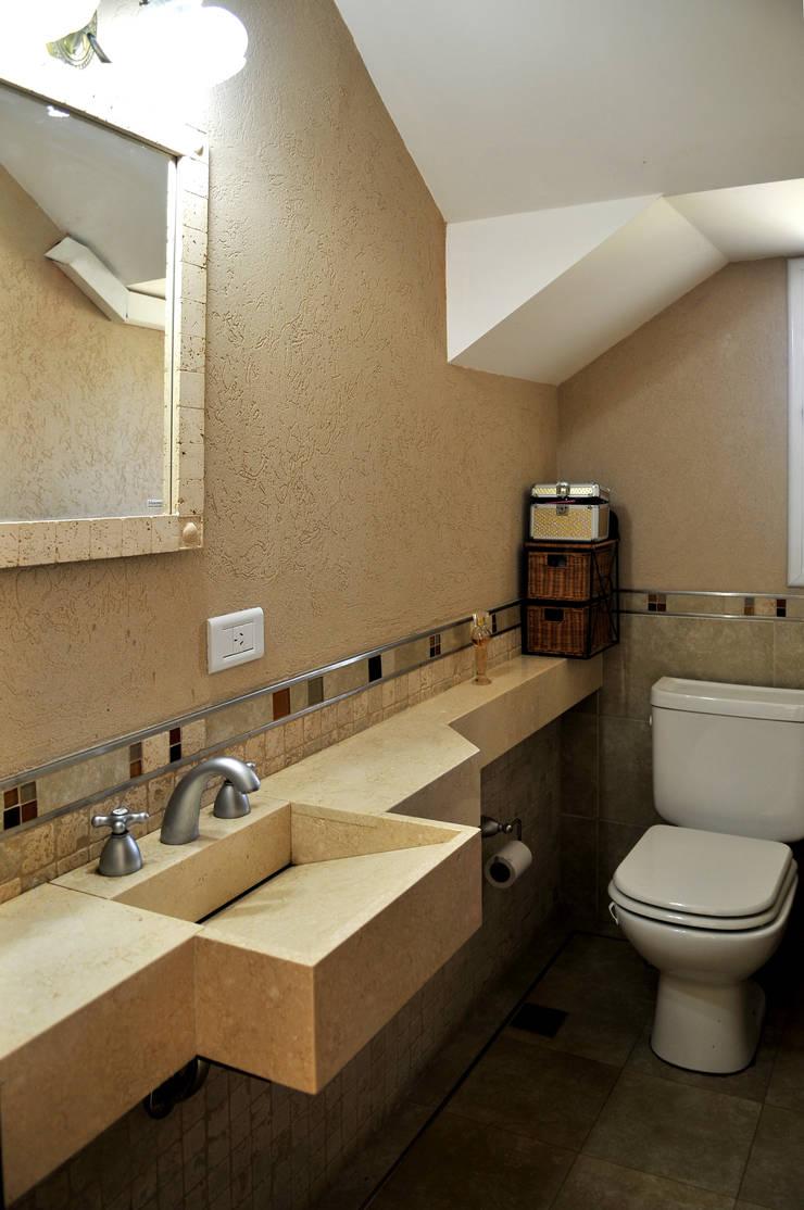 Ванные комнаты в . Автор – Opra Nova - Arquitectos - Buenos Aires - Zona Oeste,