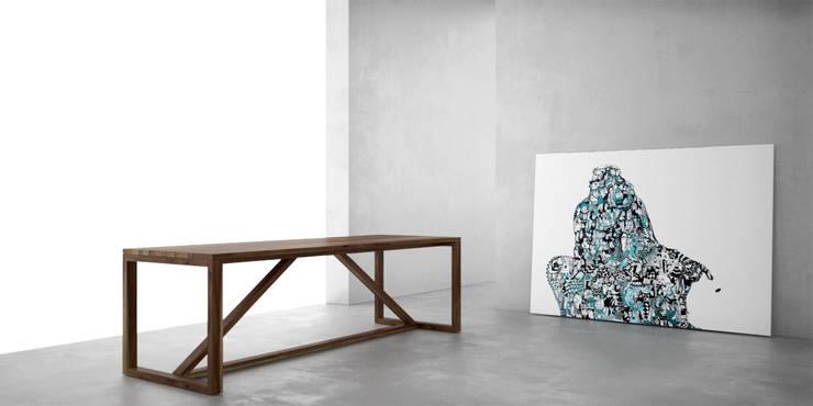 Mesa de comedor: Comedores de estilo moderno por Forma muebles