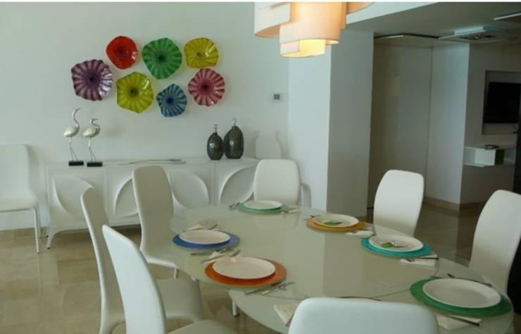Emerald Residential Tower & Spa: Comedor de estilo  por BAO