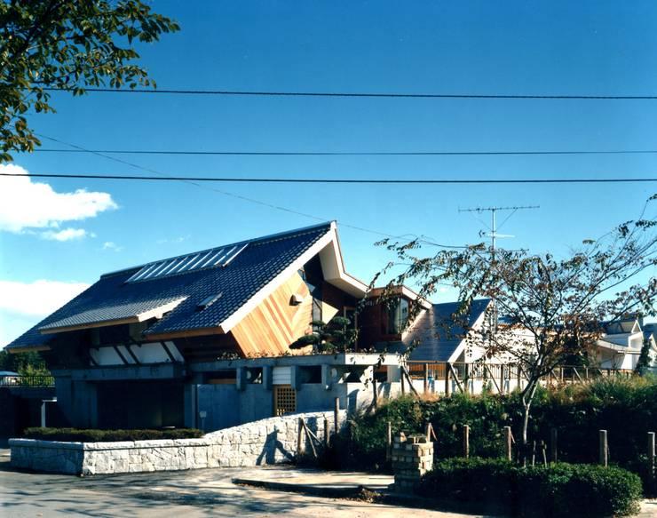 外観: 有限会社加々美明建築設計室が手掛けた家です。