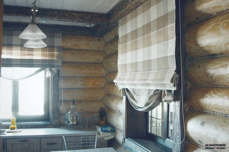 Деревянный дом : Кухни в . Автор – ULJANOCHKIN DESIGN*STUDIO