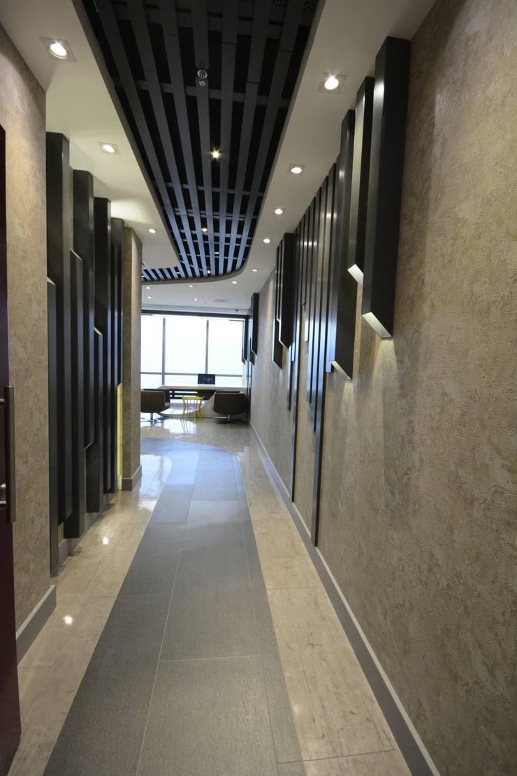 ÜNMO – Ünmo:  tarz Koridor ve Hol, Modern