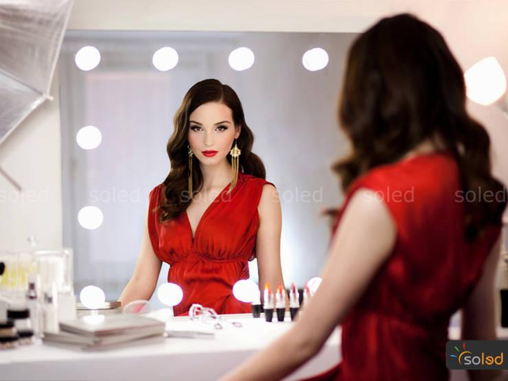 Lustra LED Soleda Make Up marki Soleda Mirror – na wymiar: styl , w kategorii Garderoba zaprojektowany przez SOLED Projekty i Dekoracje Świetlne Jacek Solka