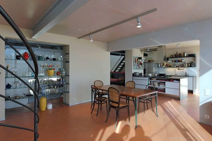 open plan space:  Esszimmer von allmermacke