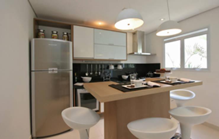 Cozinha : Cozinhas  por Carolina Ouro Arquitetura