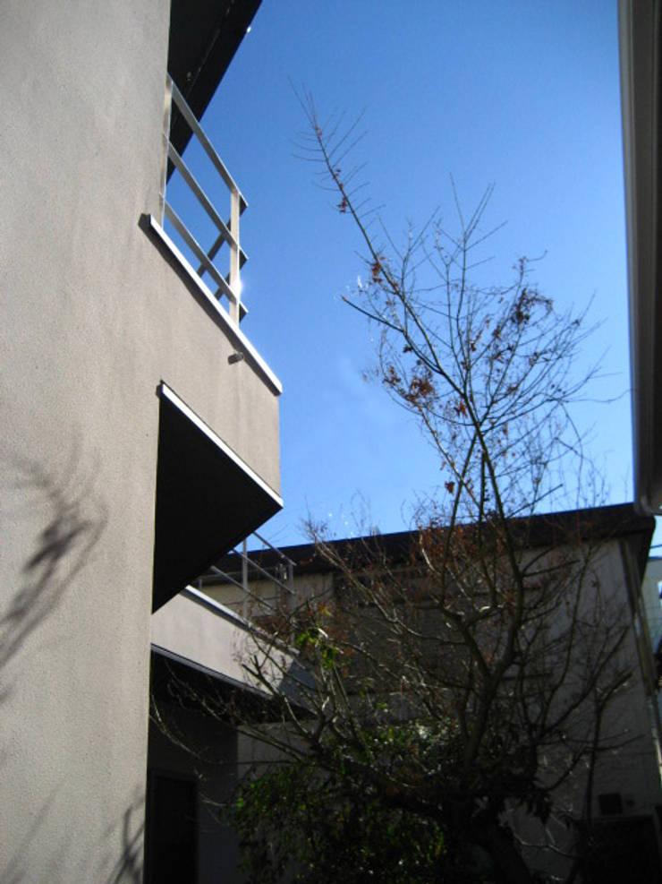 大岡山の家: (有)伊藤道代建築設計事務所が手掛けた庭です。,